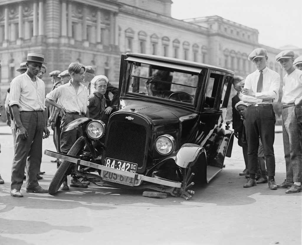 Kako ravnati ob prometni nesreči